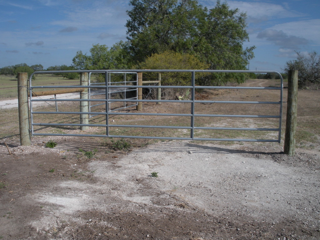 Farm ranch barbed wire s j fence co